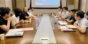 飞秒光电科技(西安)有限公司李涛赴西安工大开展产学研合作交流