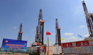 西安石油大学校长李天太带队赴长庆油田国家级页岩油开发示范区交流
