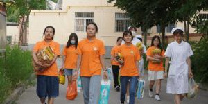 陕能院红色文化传播志愿服务实践团到养老院开展社会实践活动