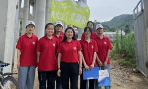 陕西财经职业技术学院志愿者走访调研柞水周边主要经济产业发展