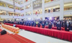 """共享、共建、共创 大明宫建材家居举办""""中国第一签""""5.1誓师大会"""